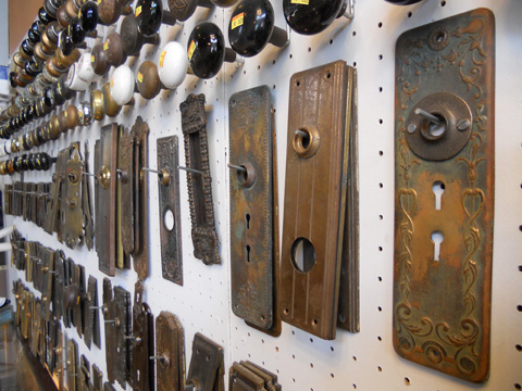 Some antique lock makers: Reading, Keil, Norwalk, Corbin, Yale, Russwin ... we have them all.